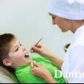 Лікування молочних зубів у дітей: ціна і фото