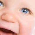 Причини і лікування неправильного росту зубів у дитини